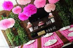 Resultado de imagem para bolo decorado tema de festa acampamento das princesas