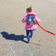 Just a girl and her backpack. . . . #toddler #beachbaby #rehobothbeach #owlbackpack #owls #cuteness #familyfirst #weekend #mompreneur #marketing #bossbabe #laptoplifestyle #businessowner #footprints
