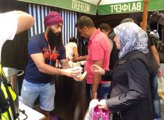 "These Super #Sikhs Have Set-up "" #Langar "" on #Syrian Border..  http://www.9hues.com/super-sikhs-in-syria/ …  #Syria #SyrianRefugees"