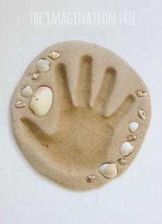 Pasta de arena casera Materiales 2 tazas de arena1 1/2 taza de harina o almidón de maíz1 1/4 taza de sal fina1 taza de agua caliente