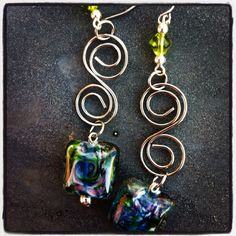 "Swirled multie colored stone with ""s""accent earrings"