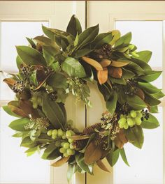 Magnolia wreath web -Wreaths & other great ideas for decorating idoors & out at Xmas