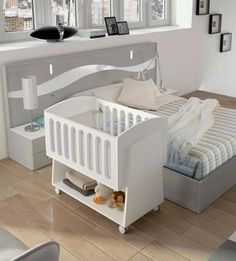 Crear un cuarto para el bebé en tu dormitorio principal Small Baby Cribs, Baby Crib Diy, Best Baby Cribs, Baby Comforter, Crib Bedding, Baby Furniture Sets, Kids Furniture, Baby Bedroom, Baby Boy Rooms