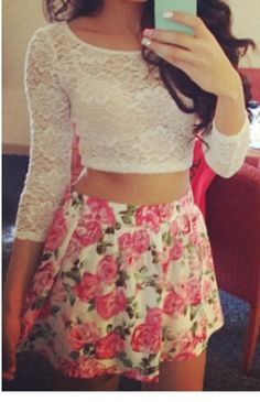I love the combination of a crop top and high waisted skirt!