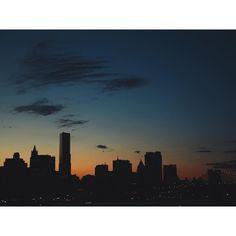 #goodbye2015  You were #beautiful #nyc #sunset #skyline #cityscape #bridge #sky #clouds #skyscraper #buildings #architecture #bigcitylife by eleriever