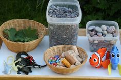Corks are great loose parts to keep on hand for sensory play. They're especially fun to add to a water table or water sensory bin - Happy Hooligans Water Play Activities, Sensory Activities, Preschool Activities, Water Games, Indoor Activities, Summer Activities, Family Activities, Sensory Tubs, Sensory Boxes