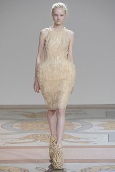 .iris van herpen fall 2013 couture #irisvanherpen #couture