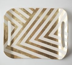 Gold and white chevron tray. Pretty sure I could DIY it with some gold leaf and a lot of tape. Home Interior, Interior Design, Bathroom Interior, Bathroom Tray, Gold Bathroom, Modern Bathroom, Modern Interior, Gold Chevron, Gold Stripes