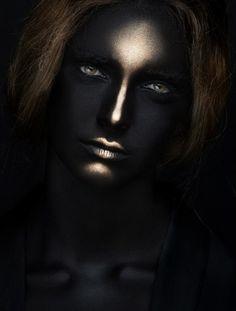 creative makeup black gold 1