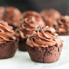Mini Chocolate Cookie Cups