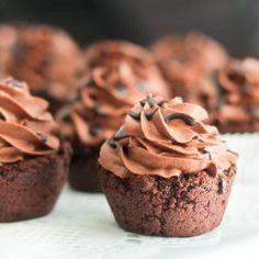 Mini Chocolate Cookie Cups