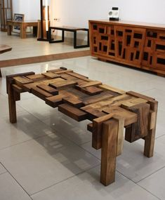 Good sewing table napkins only in times home design Coffee Table Design, Wood Table Design, Coffe Table, Woodworking Furniture, Pallet Furniture, Furniture Projects, Woodworking Projects, Woodworking Plans, Wood Projects