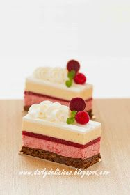 If you ask me the reason why I start baking or making some entremets, I just can. Mini Desserts, Elegant Desserts, Small Desserts, Gourmet Desserts, Christmas Desserts, Delicious Desserts, Low Carb Dessert, Eat Dessert First, Baking Recipes