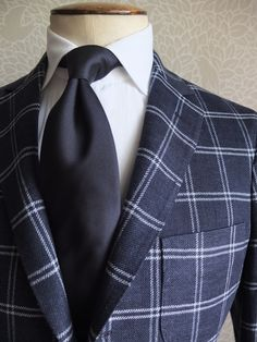 mr-moderngentleman:    gntstyle:    interesting breast pocket      but the plaid though