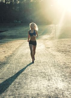 Das sieht für mich nach einem Morgenlauf aus - braucht Disziplin aber gibt Kraft…