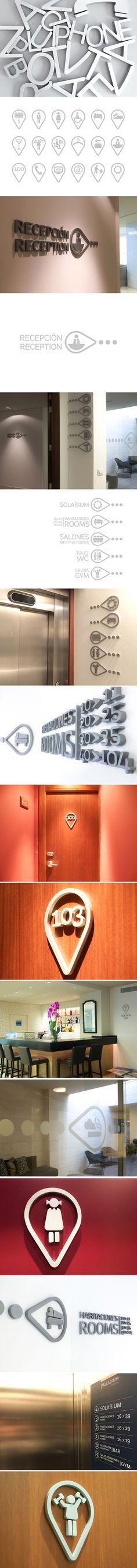El Hotel Palladium es un hotel urbano situado en el centro de Palma que en los últimos años ha llevado a cabo una ambiciosa reforma para modernizar sus instalaciones y su imagen corporativa. Nuestra tarea ha consistido en el diseño y realización de aplicaciones gráficas y de la señalética interior. Para esta última hemos desarrollado un sistema gráfico en relieve que se integra, como un elemento más, en la decoración del hotel. @onaccent #signage #hotel #Mallorca #Design