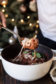 How to Create the Ultimate Holiday Cheese Board – Sunday Meatballs - Camille Styles Christmas Food Photography, Food Photography Tips, One Pot Dishes, Main Dishes, Recipe Filing, Half Baked Harvest, Yummy Food, Yummy Yummy, Yummy Recipes