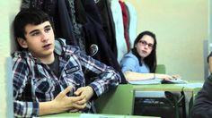 """Documental """"Jóvenes por una Ciudadanía Global"""" de la Liga Española de la Educación  que se engloba dentro de la campaña de sensibilización """"Jóvenes por una ciudadanía Global"""" destinada a sensibilizar a este colectivo en la lucha contra la pobreza y las desigualdades sociales. Al final de la introducción encontrareis un menú que os permitirá navegar por el resto de los contenidos del documental. Más información sobre la campaña de sensibilización: http://www.ligaeducacion.org/jovenes-..."""