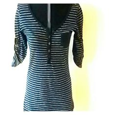 Top Black with white stripes op Tops