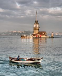 Rejseinspiration til Tyrkiet - Istanbul, Tyrkiet - Turkey Travel Inspiration diy ideer Foto Hdr, Places To Travel, Places To See, Istanbul Travel, Istanbul City, Beste Hotels, Turkey Travel, Wonders Of The World, Travel Inspiration