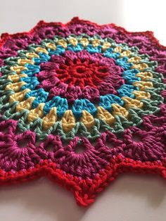 Happybee Italian Crafts and Quilts: Colorful Crochet