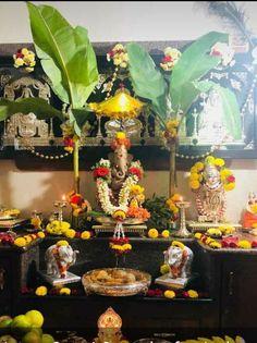 Diwali Food, Diwali Diy, Happy Diwali, Ganpati Festival, Diwali Festival, Ganesh Rangoli, Ganesha, Diy Diwali Decorations, Table Decorations
