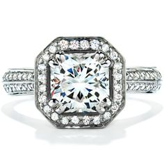 Hearts On Fire: Distinction Engagement Ring