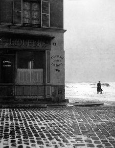 Atelier Robert Doisneau   Robert Doisneau's photo archives. - Suburbs: sceneries #photographers