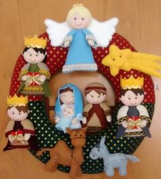 1 million+ Stunning Free Images to Use Anywhere Christmas Door Wreaths, Crochet Christmas Ornaments, Christmas Mood, A Christmas Story, Felt Christmas, Holiday Wreaths, Christmas Crafts, Christmas Decorations, Nativity Peg Doll