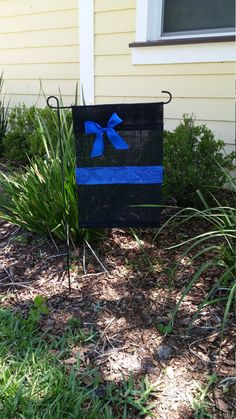 Donated  by LEOWONDUTY Thin Blue Line Garden Burlap Flag for your Yard or Police Department