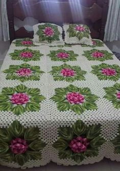 Beading Patterns Free, Free Pattern, Crochet Furniture, Crochet Bedspread, Love Crochet, Bed Spreads, Projects To Try, Quilts, Blanket
