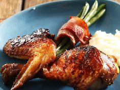 Chicken with green beans wrapped in bacon. Sometimes food takes a little bit longer to prepare – but the results are absolutely worth it.