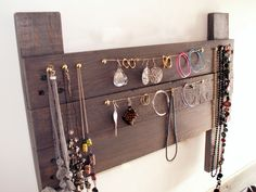 présentoir,bijoux, bois, pratique