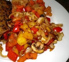 Mixed Peppers, Onion And Mushrooms Scramble (Actifry) - RecipeZazz Tefal Actifry, Actifry Recipes, Stuffed Mushrooms, Stuffed Peppers, Cooking Recipes, Healthy Recipes, Healthy Food, Food Menu, Food Food