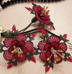 Crochet Flowers, Diy And Crafts, Christmas Wreaths, Holiday Decor, Jewelry, Jewlery, Jewerly, Crocheted Flowers, Schmuck