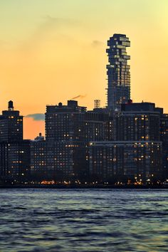 56 Leonard Street, New York | Herzog & de Meuron | Photo : Hufton + Crow