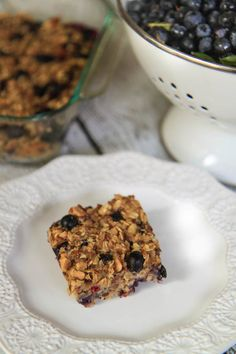 Blueberry Oat Breakfast Bars | greens & chocolate