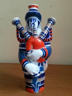 Figura de cerámica de Sargadelos | La tienda de Etxekodeco  http://etxekodecoshop.es/catalogo/figura-de-ceramica-de-sargadelos/