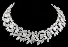 shewhoworshipscarlin:  Necklace by Harry Winston, 1964.