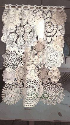 Tendina tricot Shabby style – 2019 - Lace Diy Tendina tricot Shabby style 2019 Tendina tricot Shabby style The post Tendina tricot Shabby style 2019 appeared first on Lace Diy. Doilies Crafts, Lace Doilies, Crochet Doilies, Fabric Crafts, Sewing Crafts, Sewing Projects, Filet Crochet, Crochet Projects, Rideaux Boho