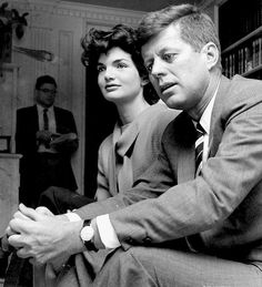 John F Kennedy and Jacqueline Kennedy Photo By:norman Dexler/Globe Photos, Inc Jaqueline Kennedy, Les Kennedy, Jacqueline Kennedy Onassis, Kennedy Wife, Familia Kennedy, John Junior, Jfk Jr, John Fitzgerald, American Presidents