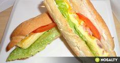 4 perces omlett bagettbe töltve recept képpel. Hozzávalók és az elkészítés részletes leírása. A 4 perces omlett bagettbe töltve elkészítési ideje: 9 perc Sandwiches, Food, Essen, Meals, Paninis, Yemek, Eten