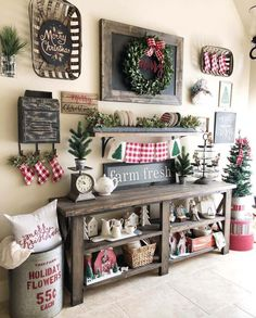 Dekoration Weihnachten – Plaid and rustic christmas decor ideas Noel Christmas, All Things Christmas, Winter Christmas, Christmas Crafts, Christmas Ideas, Christmas Design, Christmas Vignette, Christmas Bedroom, Christmas Music