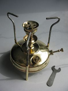 Optimus 45 - if anyone has one of these for sale (any condition) please let me know. Primus Stove, Coleman Stove, Gold Detector, Wire Ornaments, Vintage Stoves, Vintage India, Kerosene Lamp, Lantern Lamp, Indian Homes