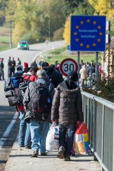 Innenminister: De Maizière mahnt zur Eile in der Flüchtlingskrise - SPIEGEL ONLINE - Politik