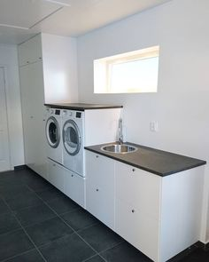 Discover recipes, home ideas, style inspiration and other ideas to try. Laundry Room Lighting, Laundry Room Shelves, Laundry Room Organization, Laundry Room Design, Room Ideas Bedroom, Small Room Bedroom, Maquina Elgin Genius, Küchen Design, House Design