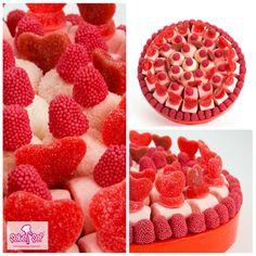 Sevdiklerinizi Mutlu Günlerinde Yalnız Bırakmayın!  >> sekersef.com  #sekersef #şekerşef #marşmelov #jelibon #hediye #buket #kişiyeözel #mesajlı #bonbon #şekerçiçek #şekerbuket #şeker