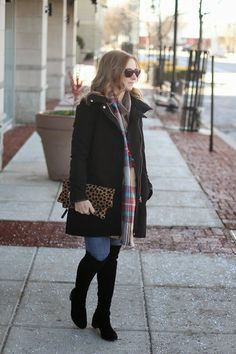 Warm Up Black Wool Coat with Zip Decor