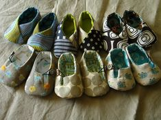 DIY Baby shoes Maybe a cute idea for gifts!