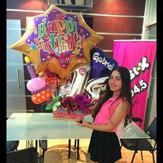 Los 14 años de Gabriela  #arreglos  #arreglosconglobos #detalles  #regalo #original #gifts #cumpleaños  #felicidades #dulces #chucherias  #detalle  #numero  #números #globos  #balloons  #balloon #venezuela #venezolanosenelexterior #handmade  #hechoamano #hechoenvenezuela  #abanicos #rosetadepapel  #globos #floresdepapel #molinos #globosdenumeros  #chocolates #numero
